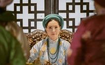 Đạo diễn 'Phượng Khấu' giải thích về dàn diễn viên lớn tuổi đóng phim cung đấu
