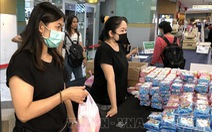 Thái Lan phát tiền mặt cứu trợ người nghèo