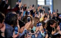 Yêu cầu nghệ sĩ dự sự kiện thời trang tại Ý và Pháp phải khẩn trương kiểm tra y tế