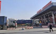 Nguyên liệu sản xuất nhập về TP.HCM giảm mạnh