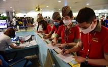 Lãnh đạo các hãng bay Việt Nam gửi tâm thư cho nhân viên, tự nguyện giảm lương