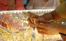 Giá vàng nhẫn thu hẹp cách biệt với giá vàng thế giới