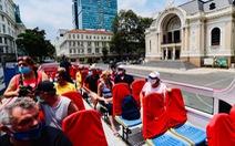 Rà soát số du khách nước ngoài còn 'mắc kẹt' ở Việt Nam