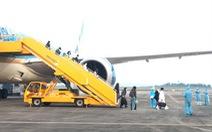 Chuyến bay chở 93 người Việt từ Anh về nước hạ cánh sân bay Vân Đồn