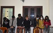 Bất chấp cách ly xã hội, 21 nam thanh nữ tú tụ tập chơi ma túy thâu đêm