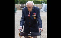 Cựu chiến binh Anh 99 tuổi quyên được 12 triệu bảng giúp y bác sĩ