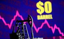 Kinh tế toàn cầu chịu cú sốc nếu phớt lờ giá dầu
