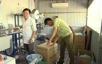 Phạt 35 triệu đồng, buộc tiêu hủy 42.000 khẩu trang một cơ sở sản xuất 'chui'