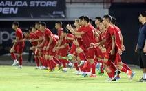 FIFA đề xuất cho thay đến 5 cầu thủ khi đá lại sau dịch COVID-19