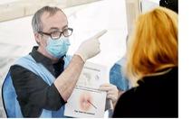 Vì sao WHO phản đối cấp 'hộ chiếu miễn dịch' cho người khỏi bệnh COVID-19?