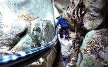 Tình cờ phát hiện nhiều hài cốt liệt sĩ trong hang sâu tại núi Đồng Bò
