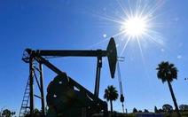 Giá dầu thế giới quay đầu tăng vọt sau chuỗi ngày giảm mạnh
