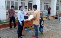 Hỗ trợ xe đưa gần 400 công dân từ Campuchia hoàn thành cách ly về nhà