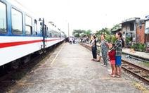 Đông hành khách về Quảng Nam bằng tàu lửa, tỉnh kiến nghị 'cho dừng'