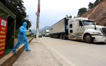 Trung Quốc xây tường biên giới để đưa hàng xuất nhập khẩu vào quy củ