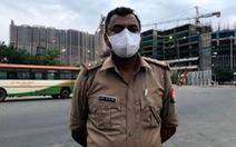 Những cảnh sát 'đầy tớ của nhân dân' ở Ấn Độ trong dịch COVID-19