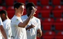 Lewandowski 'nổ súng', Bayern Munich chiến thắng ngày Bundesliga trở lại
