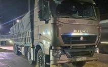 Bắt đoàn xe tải chở cát vượt tải trọng 200% tại Long Khánh
