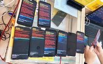 Nhiều người Việt phát hoảng khi điện thoại Samsung gặp 'lỗi lạ'