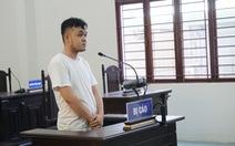 Vào bãi giữ xe cơ quan nhà nước, nạy yên trộm cắp, lãnh 30 tháng tù