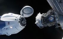 SpaceX chuẩn bị ghi dấu ấn lịch sử với chuyến bay có người lái đầu tiên