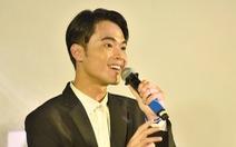Diễn viên phim Tà Năng Phan Dũng đóng cảnh ăn ếch sống khi lạc trong rừng