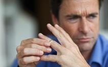 Đàn ông có ngón đeo nhẫn ngắn nguy cơ tử vong vì corona cao?