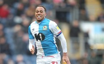 Đội trưởng của Blackburn và 2 cầu thủ Fulham dương tính với COVID-19