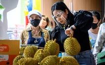 Dịch COVID-19: Thái rút ngắn lệnh giới nghiêm, cho lao động nước ngoài nhập cảnh