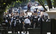 Trung Quốc mượn biểu tình Mỹ 'đá xoáy' tình hình Hong Kong