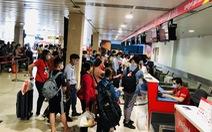 Tần suất bay nhộn nhịp, sân bay tăng cường chống dịch