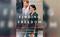 Dân Anh phản ứng dữ dội cuốn sách 'Đi tìm tự do' của vợ chồng hoàng tử Harry