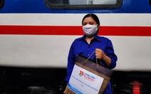 Sẻ chia với thanh niên công nhân đường sắt khó khăn vì dịch COVID-19