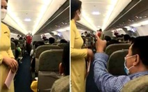 Cấm bay 1 năm hành khách chửi tiếp viên vì tranh giành ngăn để đồ