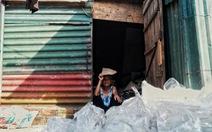 Nắng nóng đỉnh điểm vẫn không dám bật quạt ở xóm ngụ cư nghèo