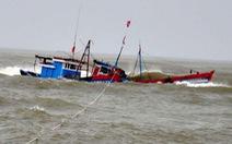 Tàu hàng va chạm tàu cá, 1 người chết, 4 người mất tích