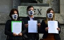 Nhiều gia đình Ý muốn đòi công lý cho thân nhân chết vì COVID-19