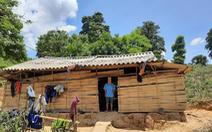 Mỗi người ở hộ nghèo phải trích 50.000 đồng hỗ trợ COVID-19 để thôn 'uống nước'