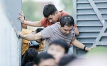 HLV Phạm Minh Đức nói về sự cố sân Hà Tĩnh: 'Tại sao khán giả không có vé vẫn cho vào?'