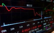 Chứng khoán rớt 31 điểm, giao dịch tăng đột biến lên hơn 1 tỉ USD