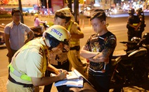 Vi phạm hành chính: Phạt sốc, ghi 'lý lịch' để răn đe