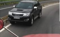 Lại thêm một ôtô chạy ngược chiều trên đường dẫn cao tốc Đà Nẵng - Quảng Ngãi