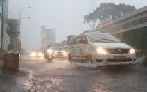 Hôm nay: TP.HCM tiếp tục mưa buổi chiều, người dân lo kẹt xe