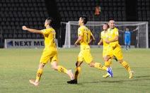 Thắng trận thứ 3 liên tiếp, Khánh Hòa vươn lên đầu bảng