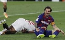 Barca bị Sevilla cầm hòa, Messi suýt đánh nhau trên sân