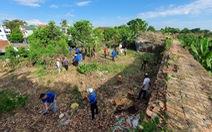 Hơn 1.000 người dân Huế dọn dẹp khu vực Thượng Thành