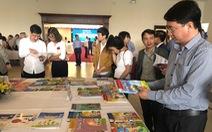 Bộ GD-ĐT đề nghị Bộ Công thương phối hợp xử lý sách giáo dục giả
