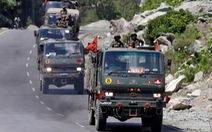 Ấn Độ tăng thêm quân lên biên giới, bằng với số quân của Trung Quốc