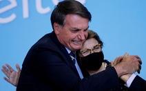 Tổng thống Brazil phản đối phán quyết của tòa buộc ông đeo khẩu trang