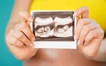 Một phụ nữ mang song thai trong 2 tử cung khác nhau, tỉ lệ 1/50 triệu